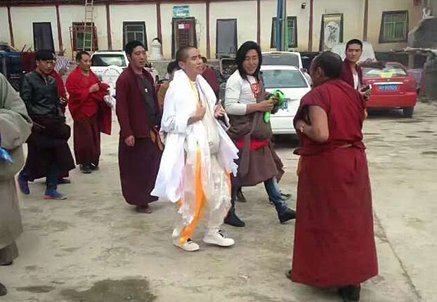 Choezin is seen here being welcomed by local Tibetans a day after his release. [RFA]